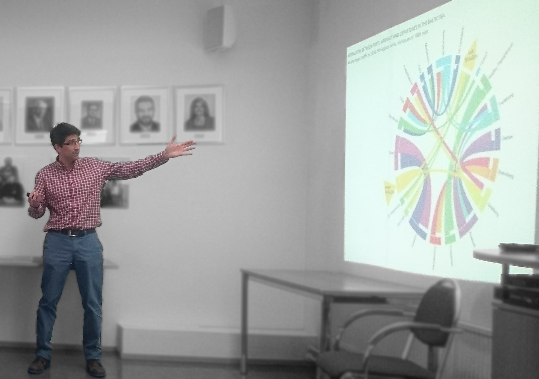 Manuel Frias presenting